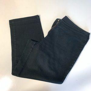 Capris pants size 10-12 black color